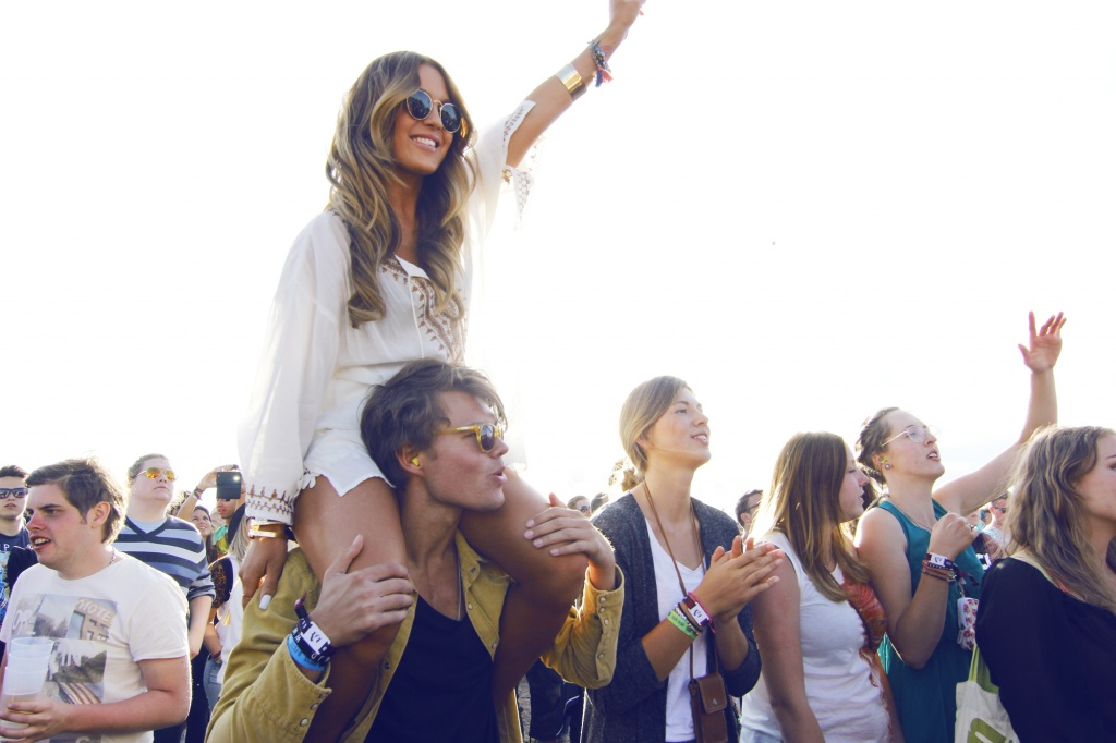 I LOVE FESTIVALS // WIN A FASHION-MAKEOVER WITH ZOEGAS & ME