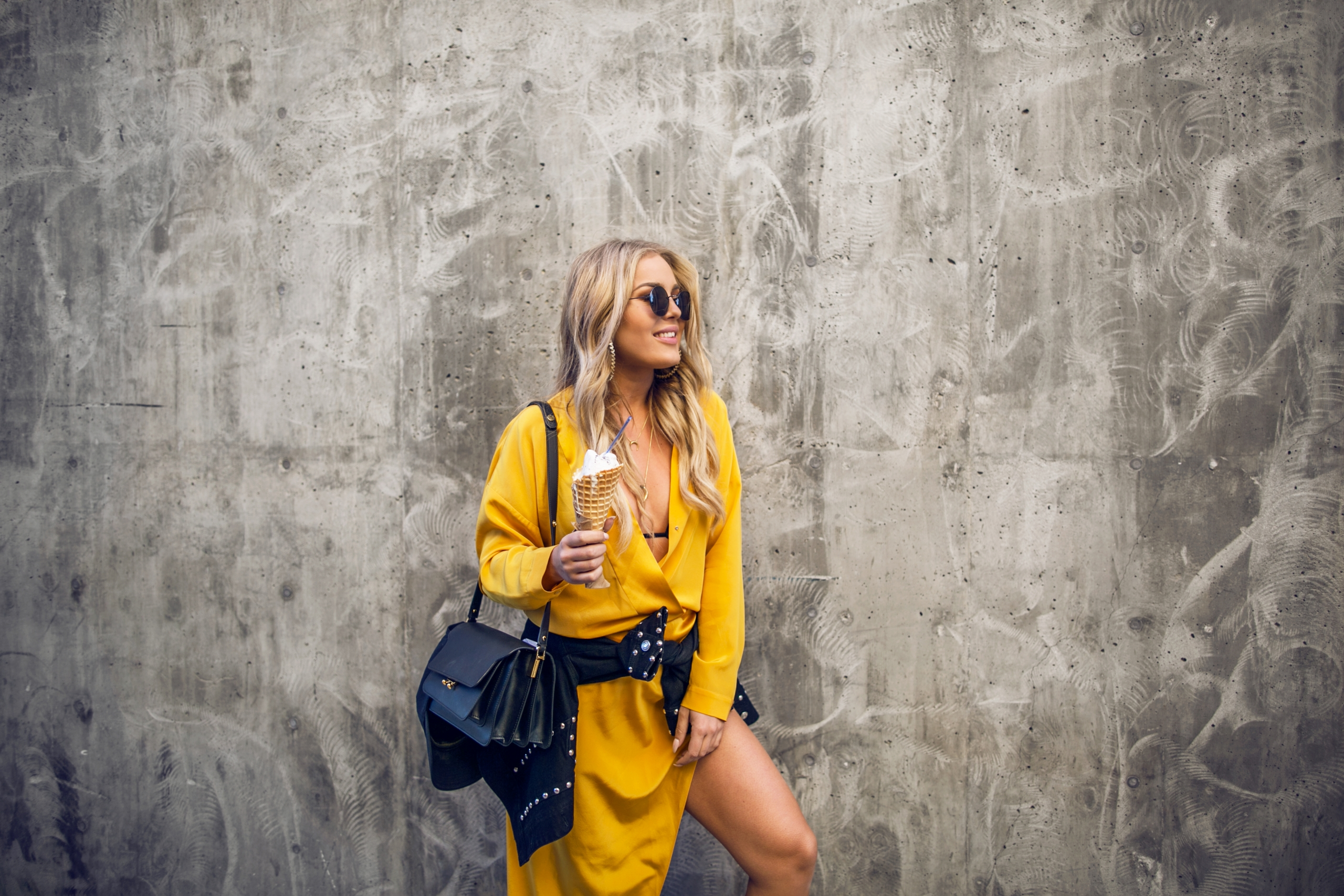 yellow_angelicablick5