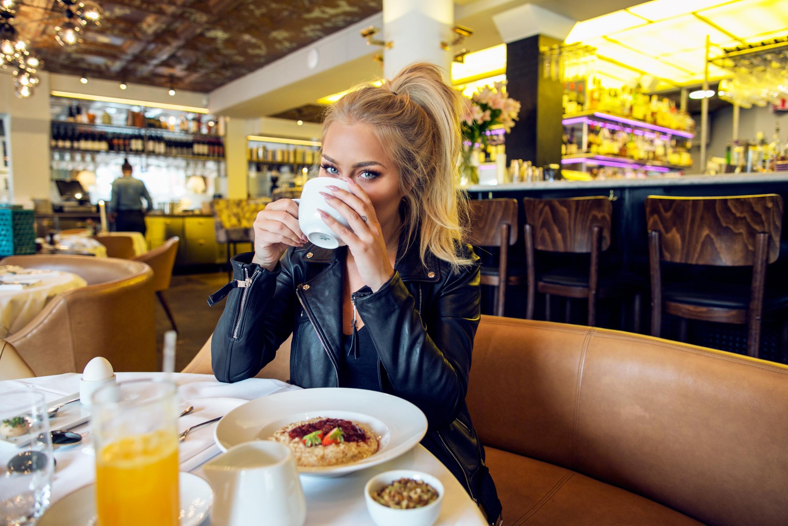 breakfast_meeting3