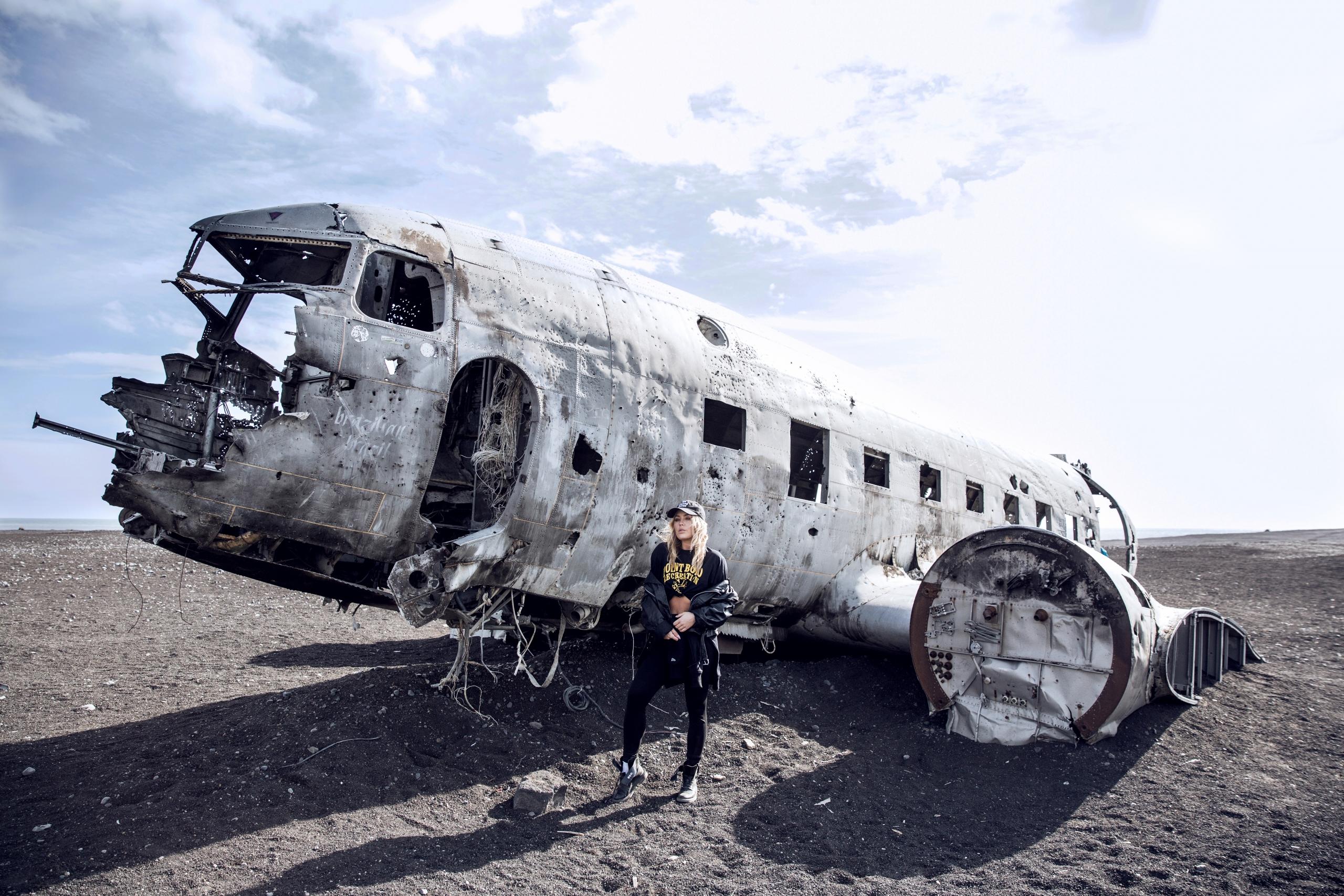Crashed airplane Iceland