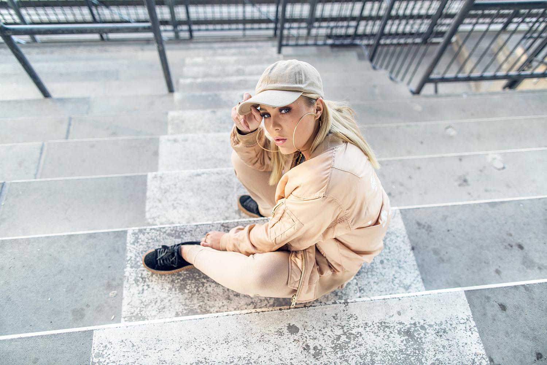 Angelica Blick BIKBOK